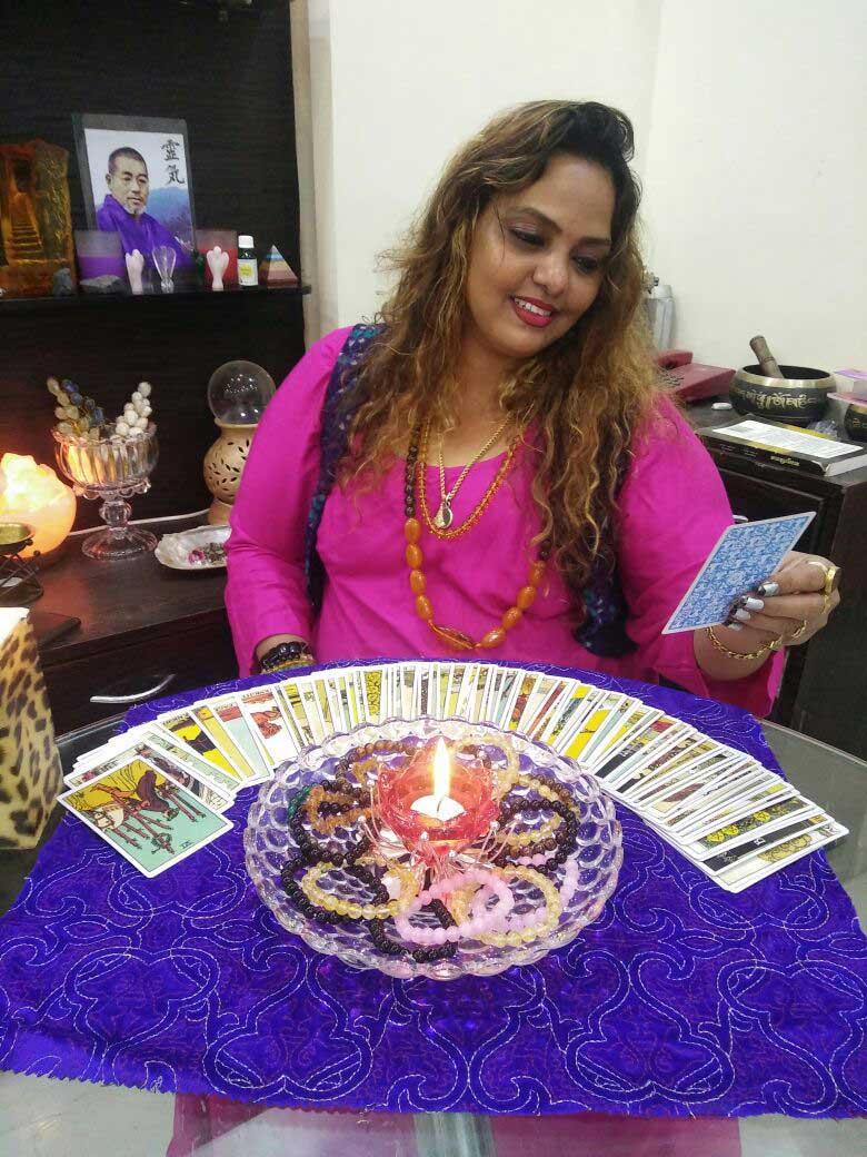 Best Tarot Card Reader In Mumbai (Call: 9870270413)- Best